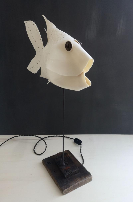 lamp-fish-moon